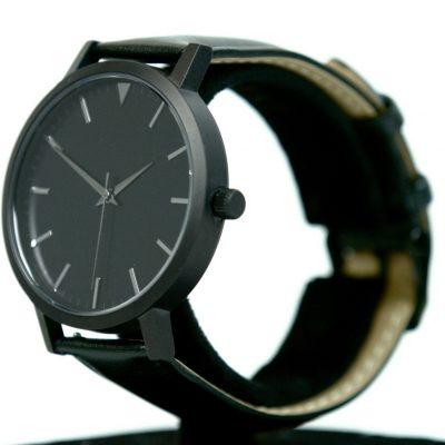 02 Black:Black